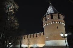图拉克里姆林宫的塔黑暗的 库存图片