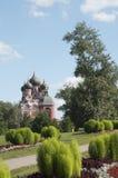 图标夫人我们的寺庙tihvinskaya 免版税库存照片