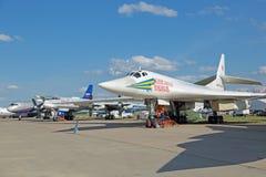 图波列夫图-160 (白色天鹅) 库存照片