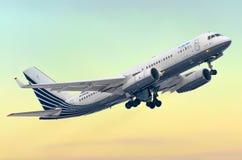 图波列夫214企业喷射,机场普尔科沃,俄罗斯, 02 Februaly 2015年 免版税库存照片