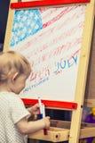 图美国的独立日的儿童标志博士的 库存照片