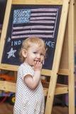 图美国的独立日的儿童标志博士的 库存图片