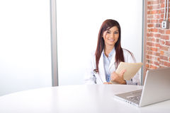 图表医生藏品妇女 免版税图库摄影