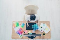 图表视觉艺术创造性的设计观念 顶视图创造性 免版税库存图片