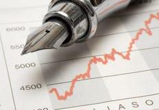 图表钢笔股票w 免版税库存照片