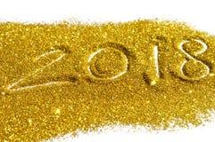 图金黄闪烁2018年在白色背景,新年,您的设计的象的标志 免版税库存图片
