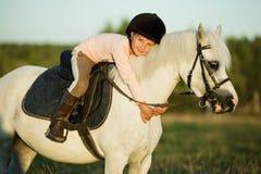 图画女孩马骑术系列导航西方通配 库存图片