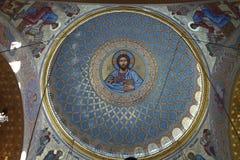 圆屋顶在海军大教堂里在Kronstadt 库存图片