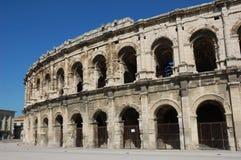 圆形剧场罗马的尼姆 免版税库存图片
