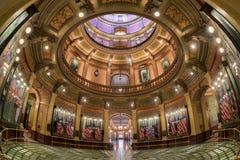 圆形建筑密执安州的国会大厦 库存图片