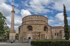 圆形建筑的罗马寺庙在市的中心塞萨罗尼基,中马其顿,希腊 库存图片