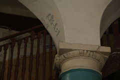 圆形建筑的圣彼德堡 一个历史建筑的建筑学和细节的片段 图库摄影