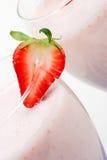 圆滑的人草莓 免版税库存图片