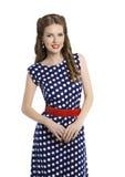 圆点礼服的,发型,秀丽的减速火箭的女孩Pin妇女 免版税库存图片
