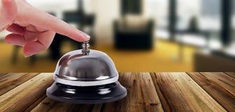 圆环响铃在旅馆里 库存图片