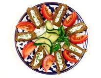 圆白菜卷充塞用肉和沙粒为烹调做准备 免版税图库摄影