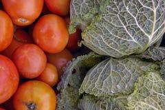 圆白菜蕃茄 免版税库存照片