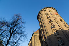 圆的塔在哥本哈根 免版税图库摄影