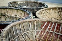 圆的渔船 库存照片