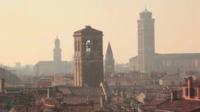 圆顶和屋顶在威尼斯视图从上面 影视素材