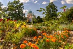 圆顶和老城镇厅在波茨坦 免版税图库摄影