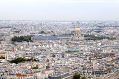 圆顶和街道从一张鸟瞰图 免版税库存图片