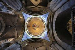 圆顶在圣墓教堂的中心在耶路撒冷,以色列 免版税图库摄影