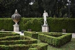 圆顶场所的Borghese罗马Ital庭院 免版税图库摄影
