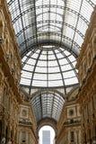 圆顶场所维托里奥・埃曼努埃莱・迪・萨伏伊II米兰-玻璃屋顶 免版税库存照片