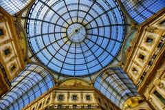圆顶场所维托里奥Emanuele的玻璃圆顶II,米兰,意大利 图库摄影