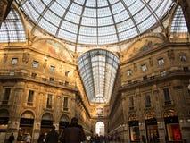 圆顶场所维托里奥Emanuele画廊内部 免版税图库摄影