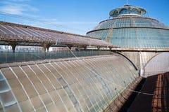 圆顶场所维托里奥Emanuele玻璃屋顶在米兰 免版税库存图片