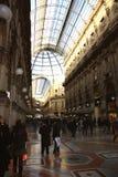 圆顶场所维托里奥Emanuele II在米兰 库存照片
