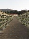 圈地海滩桥梁 库存照片