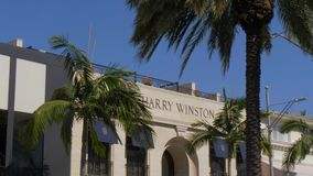 圈地驱动的哈里温斯顿商店在贝弗莉山庄-加利福尼亚,美国- 2019年3月18日 影视素材