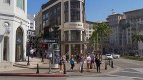 圈地驱动的Steffano Ricci商店在贝弗莉山庄-加利福尼亚,美国- 2019年3月18日 影视素材