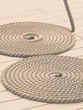 圈子被环绕的古色古香的胸口绳索卷 库存图片