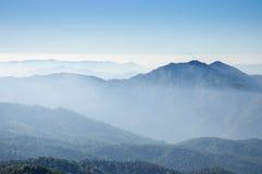 从土井Inthanon,泰国的高山的看法 免版税图库摄影