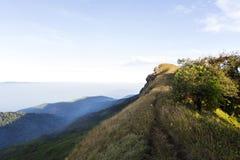 土井Monjong,一座平安的山在Chiangmai,泰国 免版税库存图片