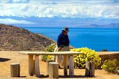 土产妇女在玻利维亚 免版税库存图片