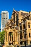 土地所有权办公室,一个砂岩新哥特式大厦在悉尼 免版税图库摄影