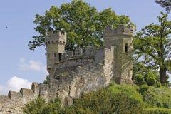 土墩-沃里克城堡 免版税库存照片