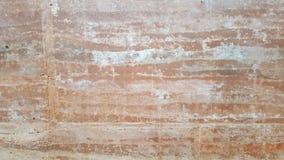 土壤作为层状墙壁,纹理,自然在国家公园的黏土墙壁的样式模拟器在澳大利亚,分层了堆积堆装饰 库存照片