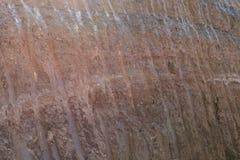土壤在路下的石渣层数,被开掘 免版税库存照片