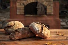 土气国家面包 免版税库存图片