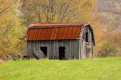 土气的谷仓 库存图片