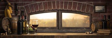 土气葡萄酒库在乡下 免版税库存照片