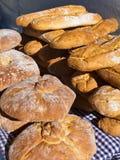 土气面包 免版税库存图片