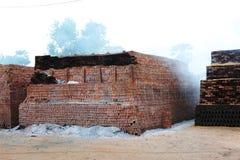 黏土砖工厂 库存图片
