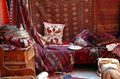 土耳其义卖市场,地毯市场 免版税库存图片